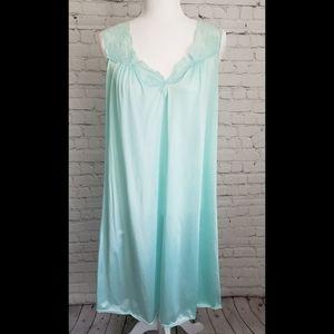 Vintage Vassarette Mint Lace Trim Night Gown